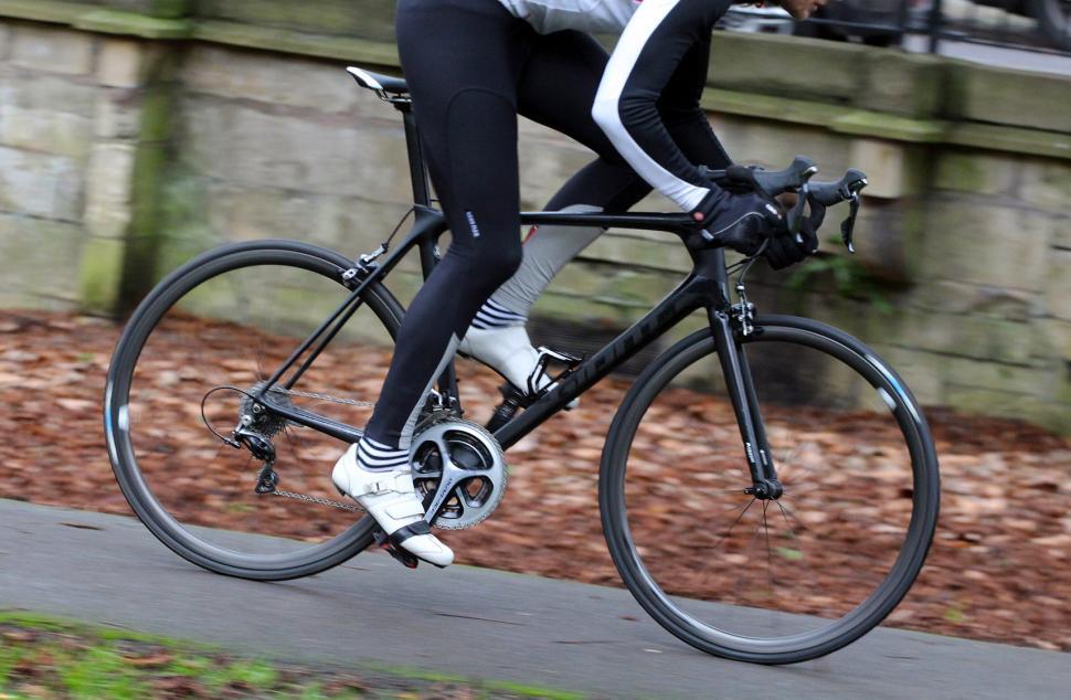 Giant TCR Advanced Pro 0 - riding 1.jpg