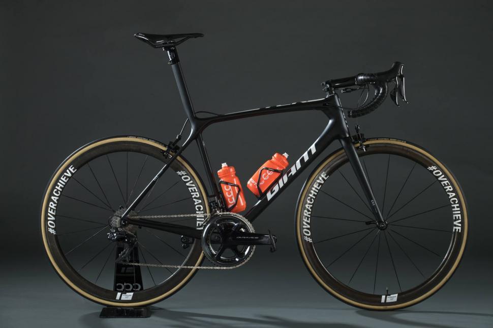 22173aafa 2019 Pro Bike  CCC Team Giant TCR Advanced SL race bike revealed ...