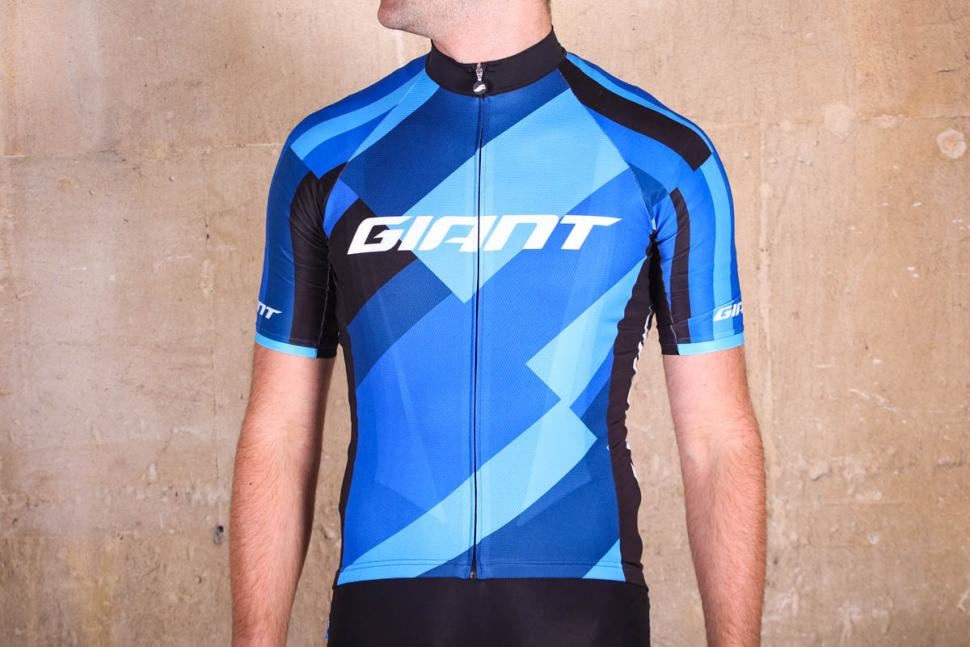 d7fcca7e0 Review  Giant Elevate Short Sleeve Jersey