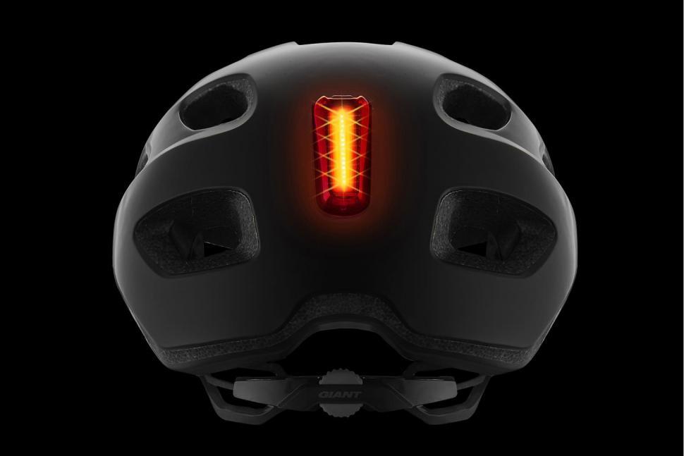 Giant_Rev_Comp_Helmet_Light_Attached.jpg