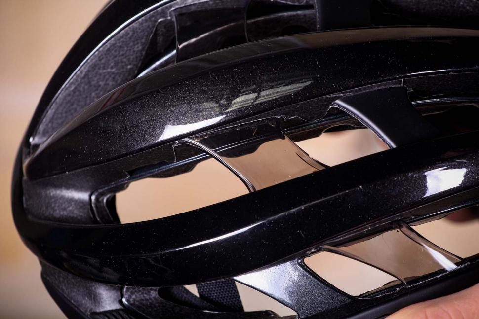 Giro Aether helmet - detail.jpg