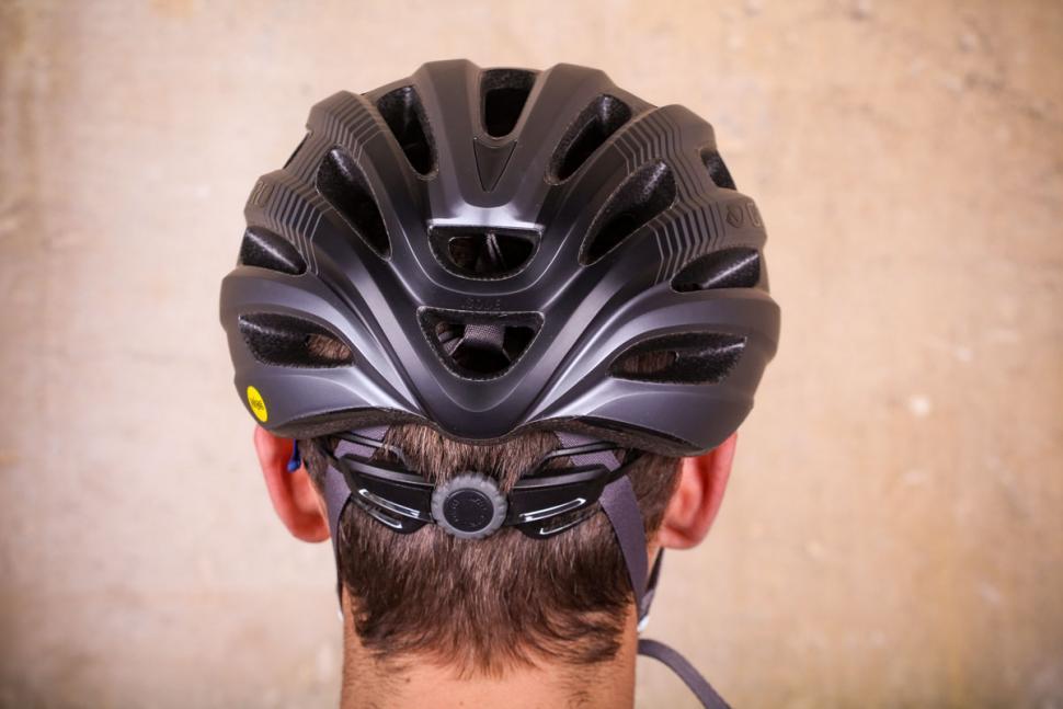 Giro Isode MIPS helmet - back.jpg