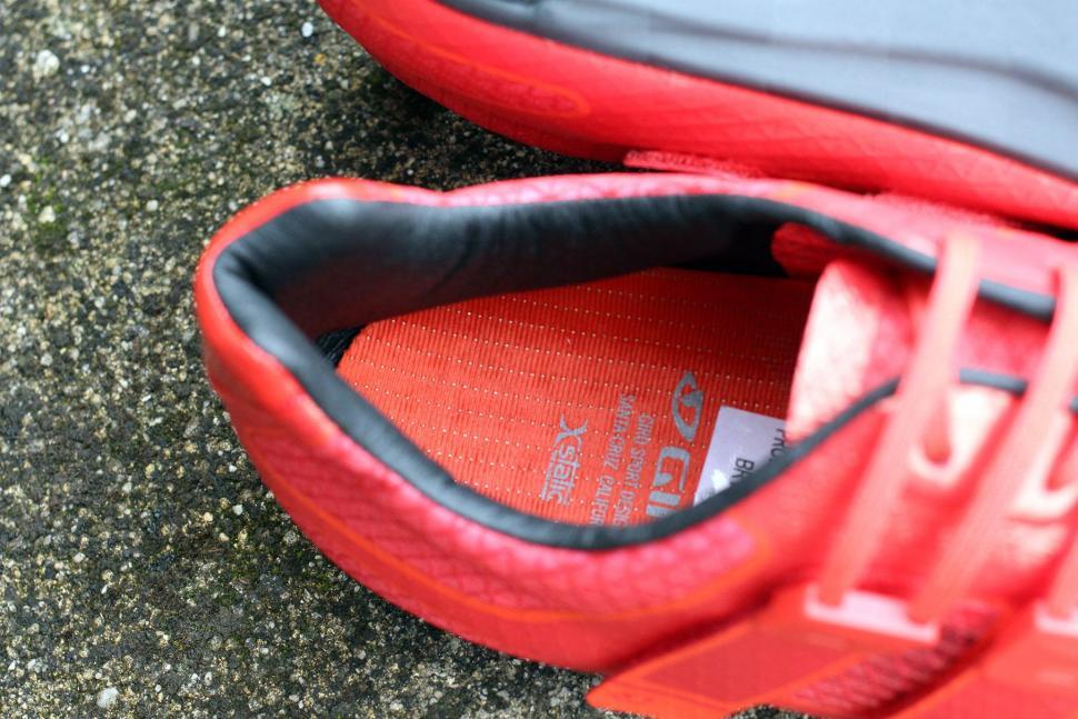 Giro Prolight Techlace Cycling Shoes - inside.jpg
