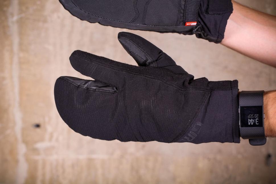 Giro Proof 100 gloves - back of hand.jpg