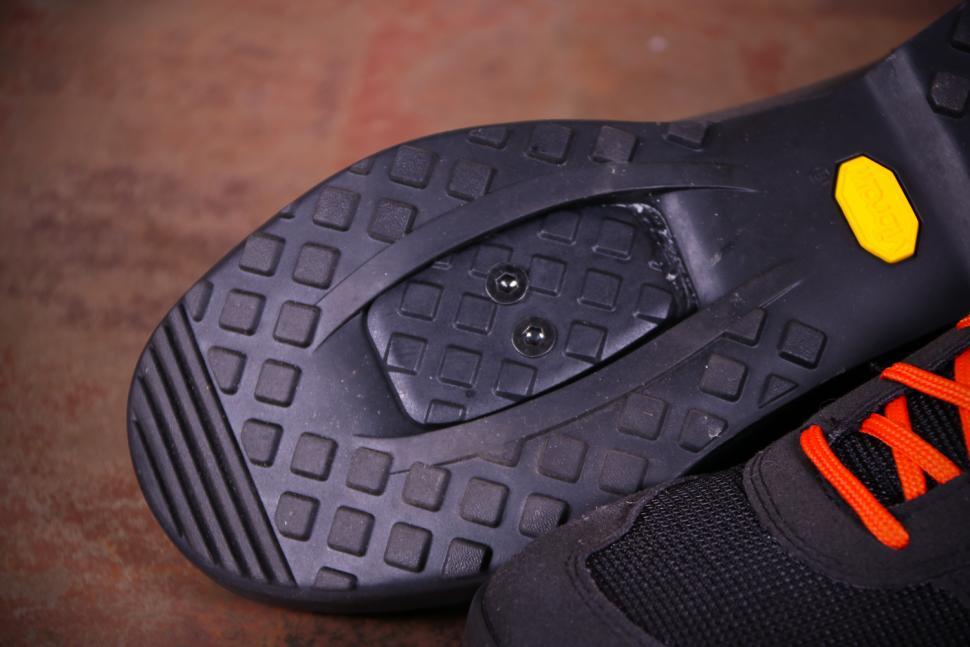 Giro Rumble VR MTB Cycling Shoes - sole toe.jpg