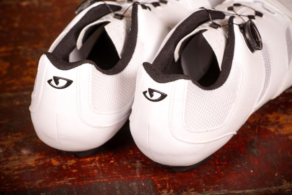 Giro Savix shoes - heels.jpg