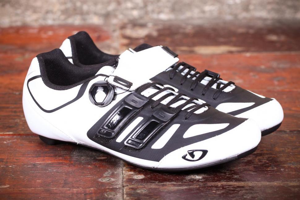 Giro Sentrie Techlace shoes - side.jpg