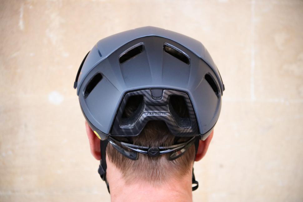 Giro Vanquish helmet - back.jpg