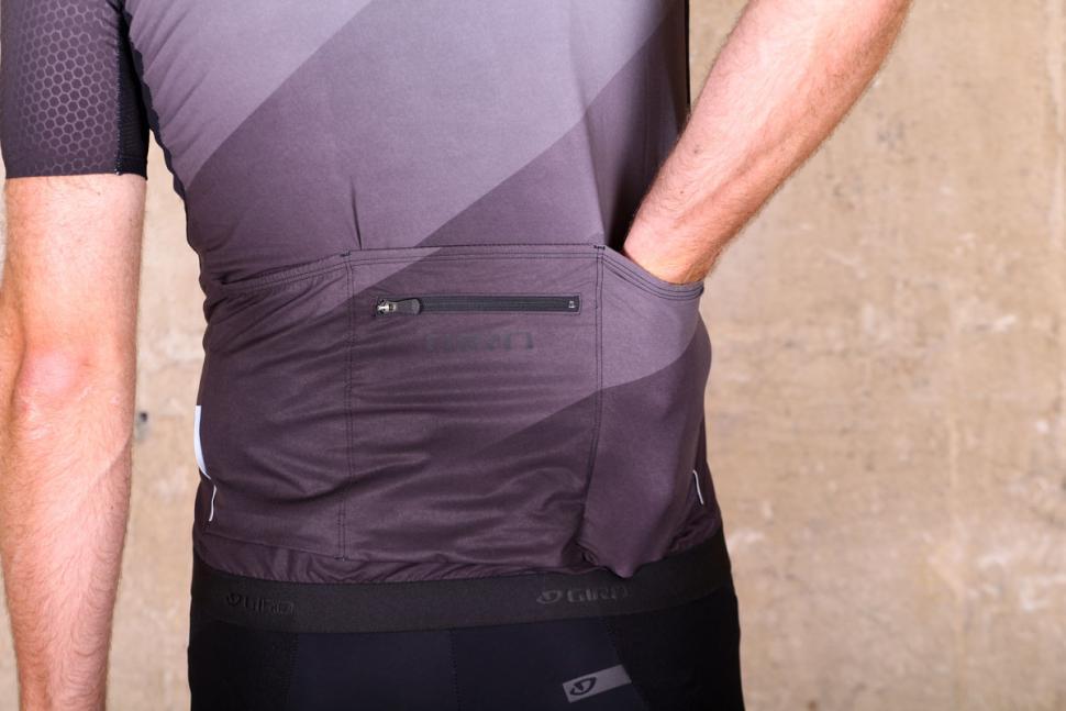 giro_chrono_pro_jersey_short_sleeve_-_pockets.jpg