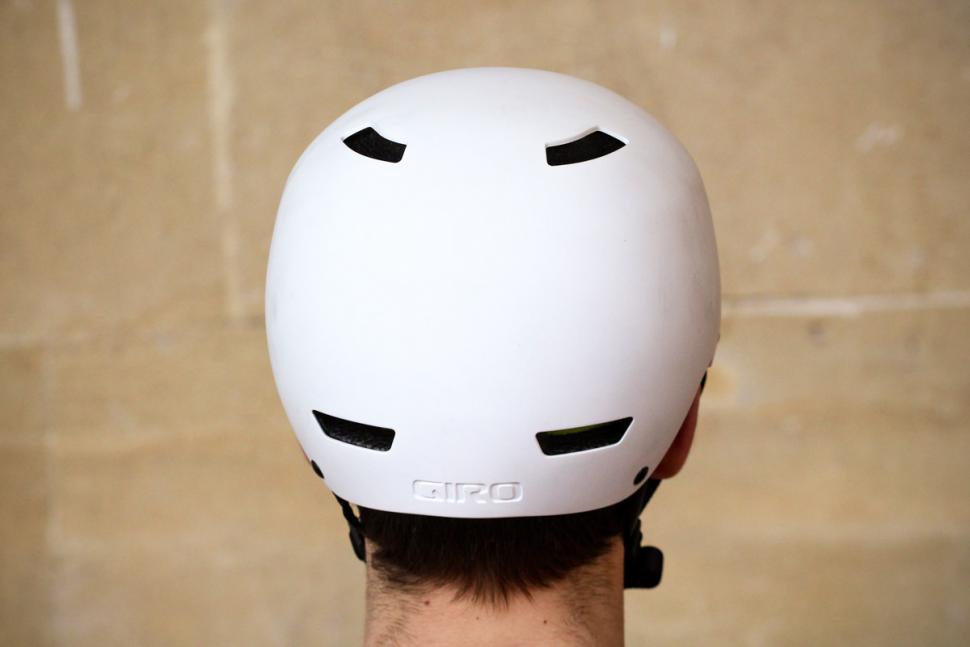 giro_quarter_helmet_-_back.jpg