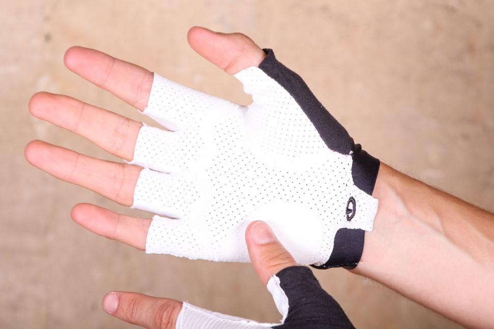 giro_zero_cs_white_cycling_mitts_-_palm.jpg