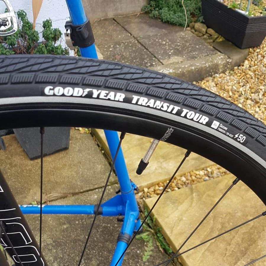 Goodyear_Transit_Tour_S5_Reflect_Tyre_Fitted_1