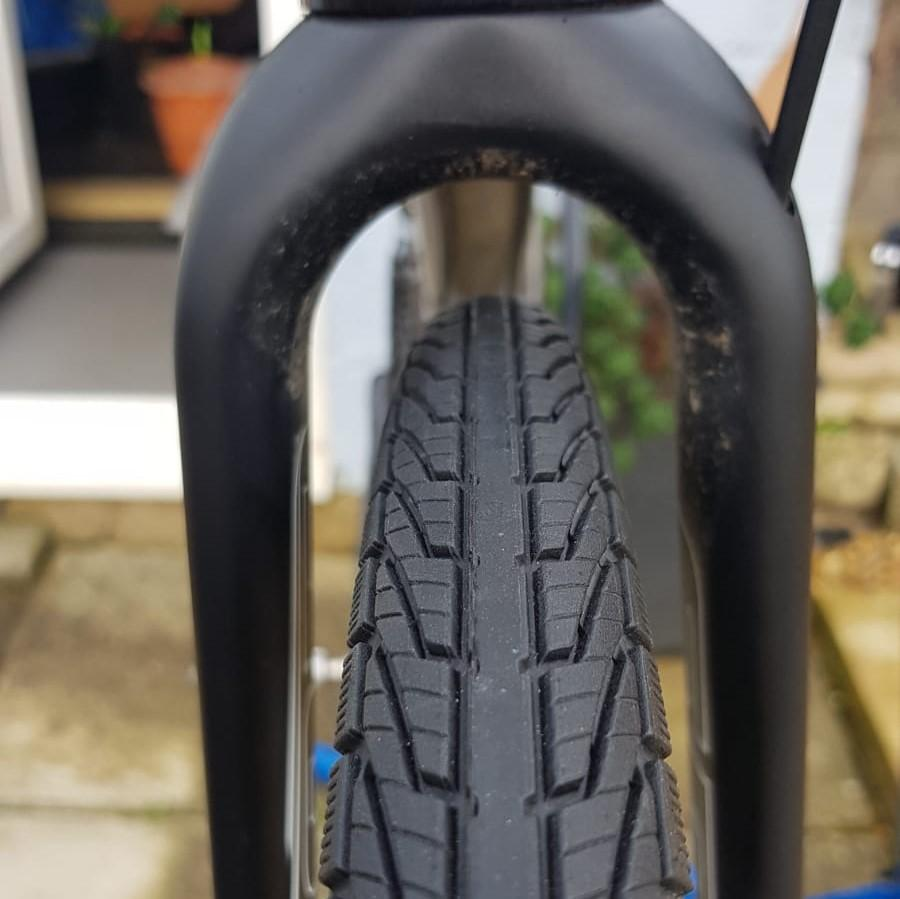 Goodyear_Transit_Tour_S5_Reflect_Tyre_Fitted_2