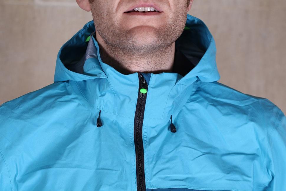 Gore Bike Wear Mens Power Trail Gore-Tex Active Jacket - collar.jpg