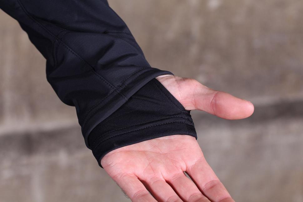 Gore Bike Wear Mens Power Trail Windstopper Soft Shell Jacket - cuff.jpg