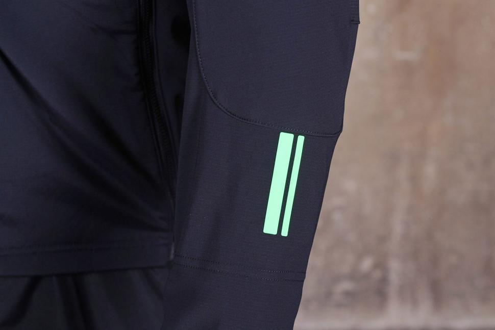 Gore Bike Wear Mens Power Trail Windstopper Soft Shell Jacket - sleeve detail.jpg