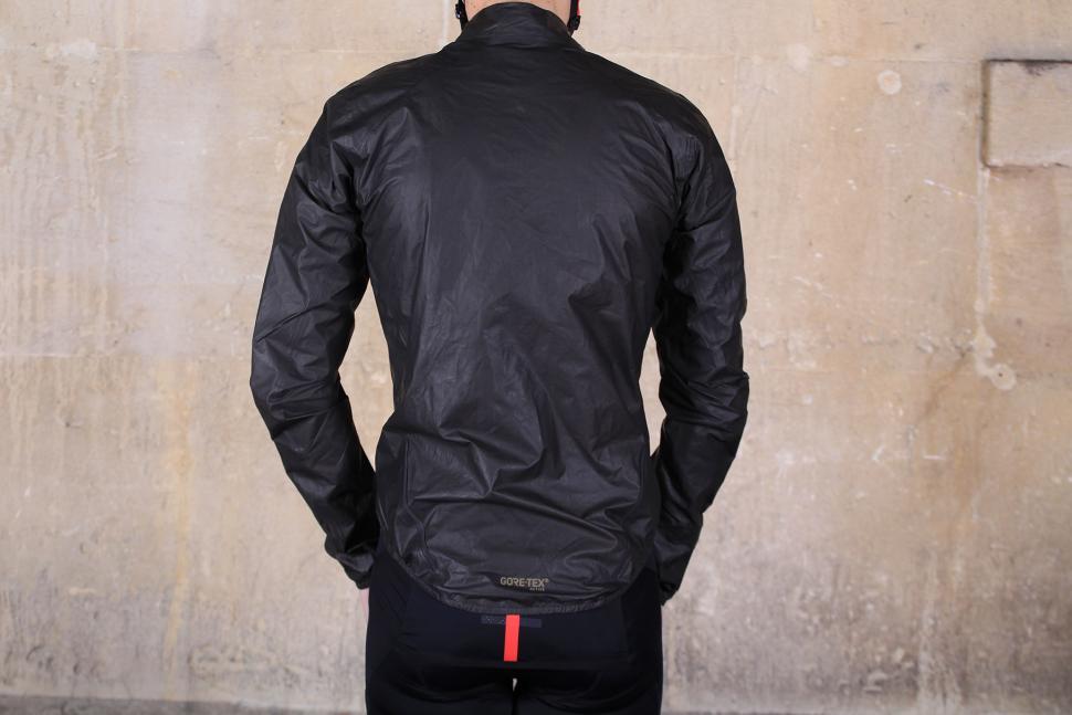 Gore Bike Wear ONE GORE-TEX Active Bike Jacket - back.jpg