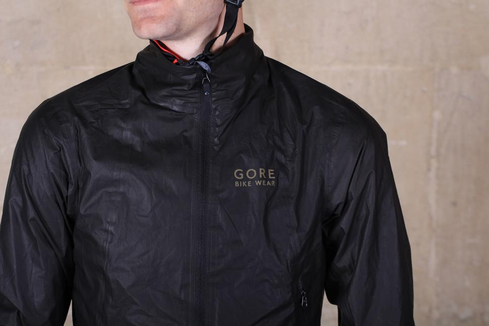 Gore Bike Wear ONE GORE-TEX Active Bike Jacket - chest.jpg