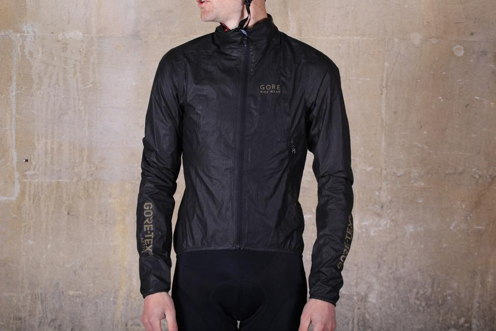 Review Gore Bike Wear One Active Bike Jacket Road Cc