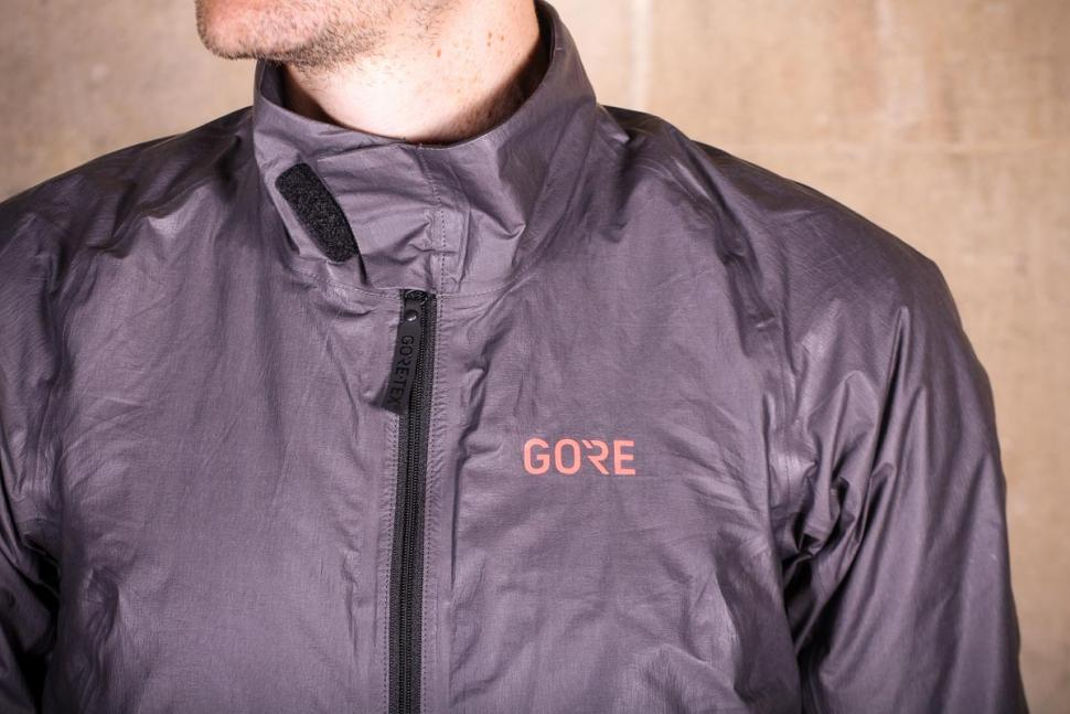 Gore C5 Gore-Tex Shakedry 1985 Insulated Jacket - chest 2.jpg