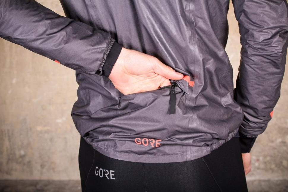 Gore C5 Gore-Tex Shakedry 1985 Insulated Jacket - pocket.jpg