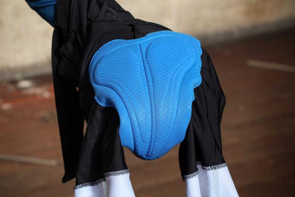 Gore C5 Optiline Bib Shorts - pad.jpg