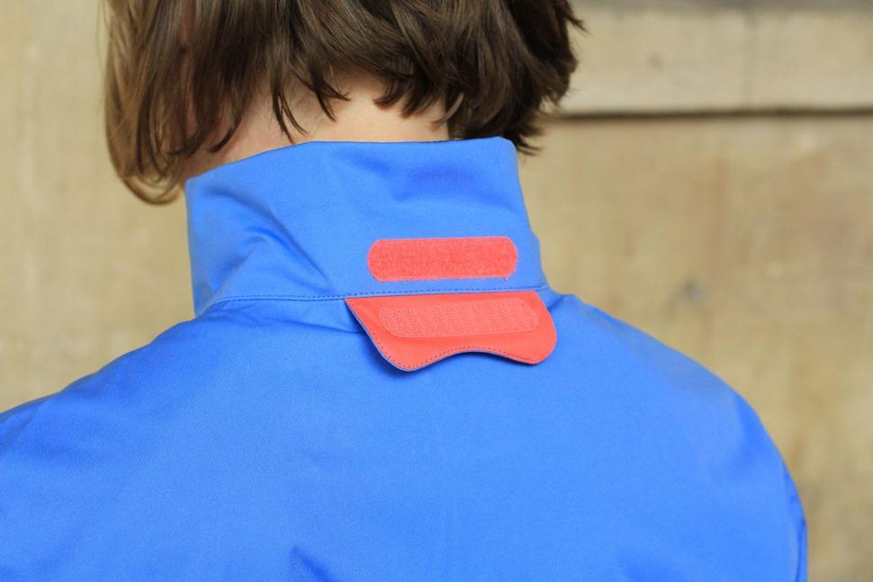 Gore Element Lady Gore-Tex Active Jacket - collar back.jpg