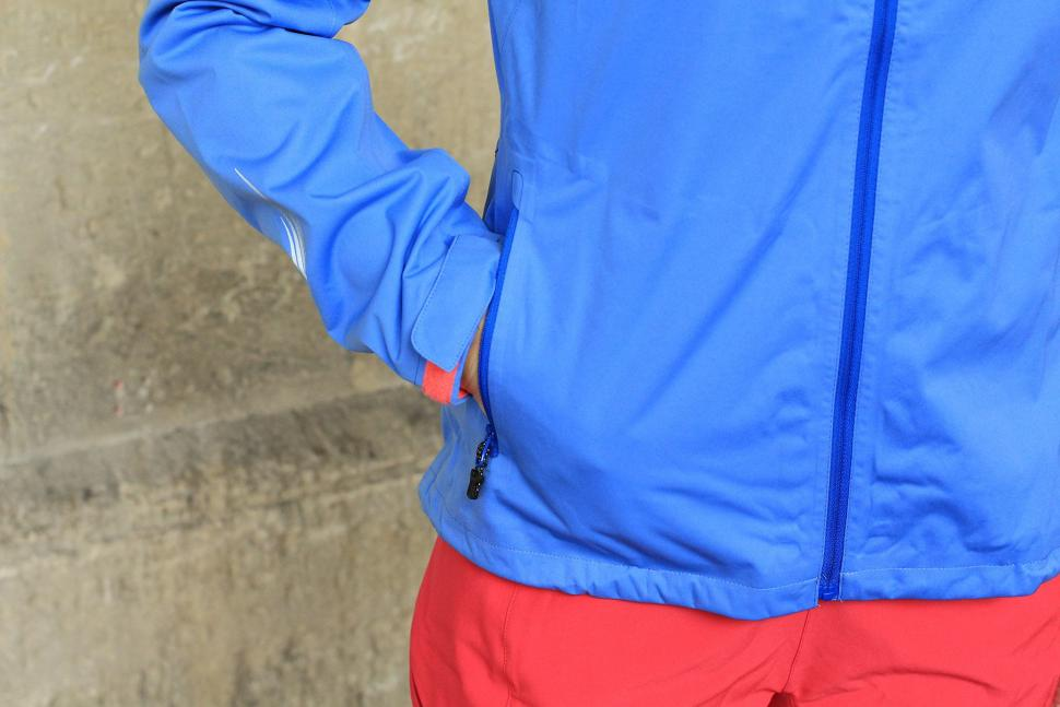 Gore Element Lady Gore-Tex Active Jacket - pocket.jpg