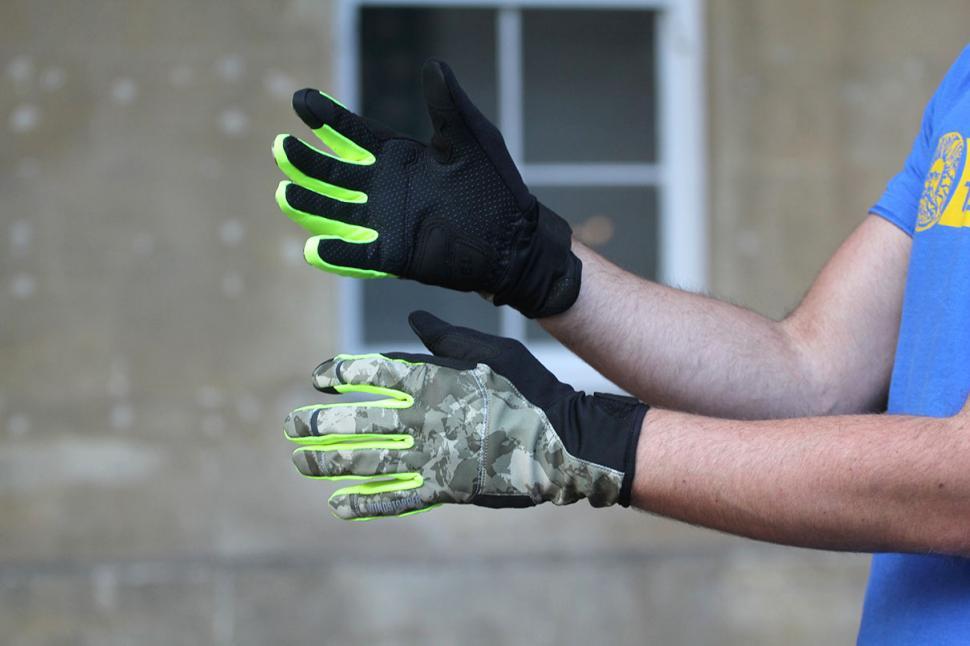 Gore Element Urban Windstopper Gloves.jpg