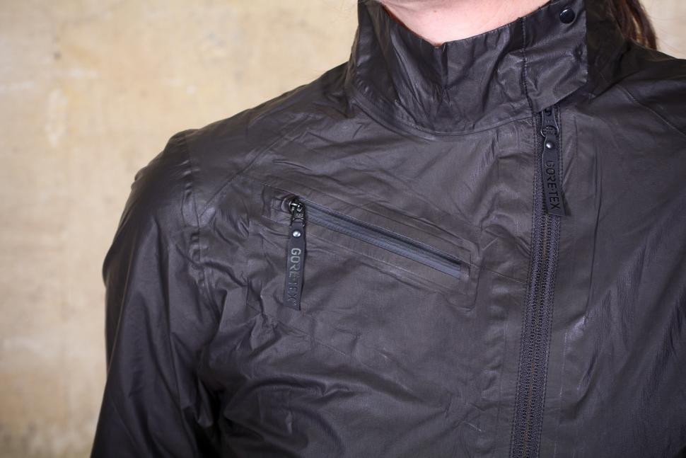Gore One Power Lady GTX Shakedry Bike Jacket - chest pocket.jpg