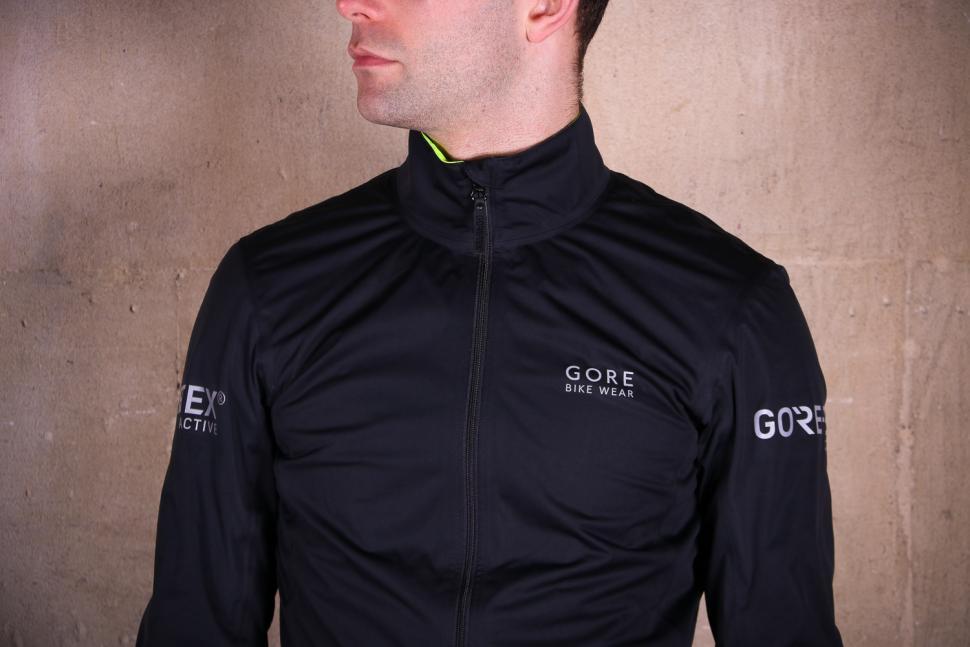 Gore Power Gore-TexR Jacket - chest.jpg