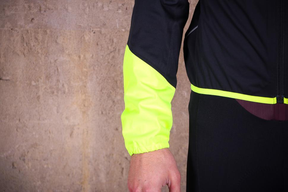 Gore Power Gore-TexR Jacket - cuff.jpg