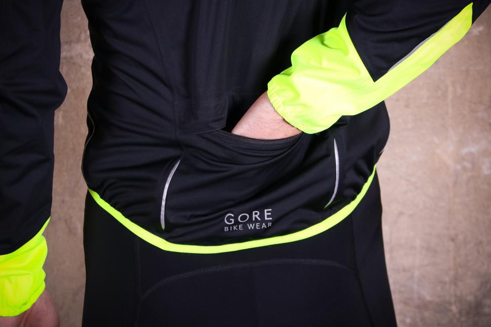 Gore Power Gore-TexR Jacket - pocket 2.jpg