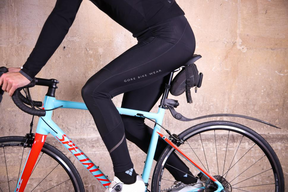Gore Power Thermo bibtights - riding.jpg