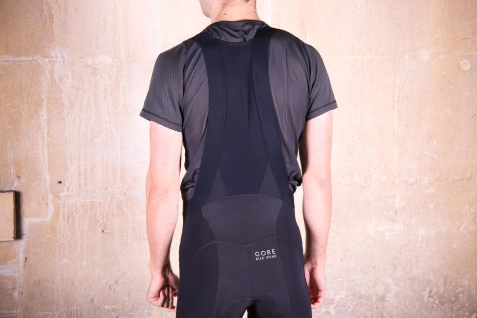 Gore Power Thermo bibtights - straps back.jpg