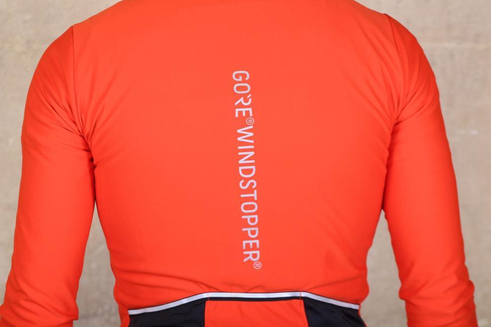 Gore Power Windstopper long sleeve jersey - back detail.jpg