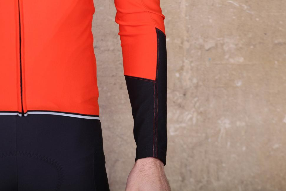 Gore Power Windstopper long sleeve jersey - cuff.jpg