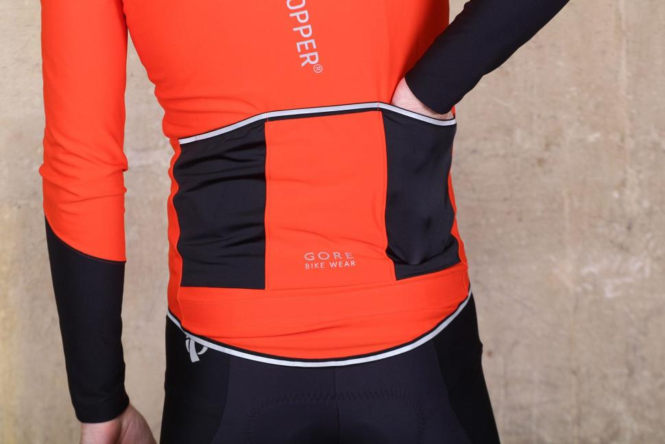 Gore Power Windstopper long sleeve jersey - pockets 2.jpg 0154249e5