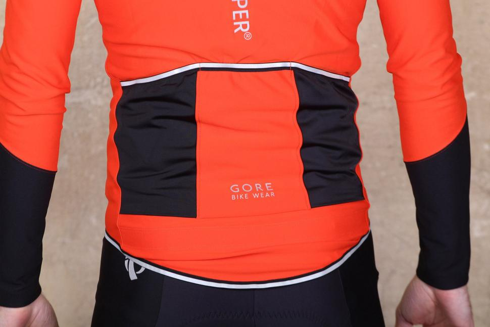 Gore Power Windstopper long sleeve jersey - pockets.jpg