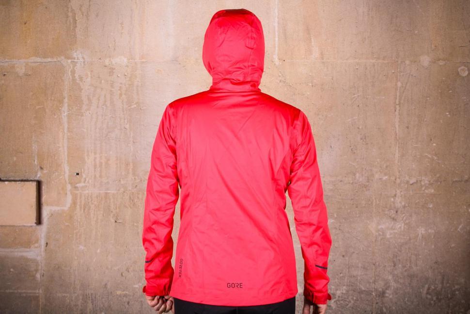Gore R3 Women Gore-Tex Active Hooded Jacket - back.jpg