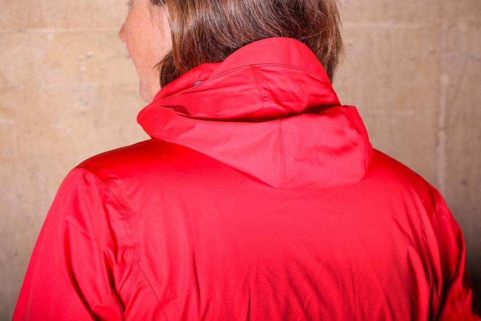 Gore R3 Women Gore-Tex Active Hooded Jacket - hood down back.jpg