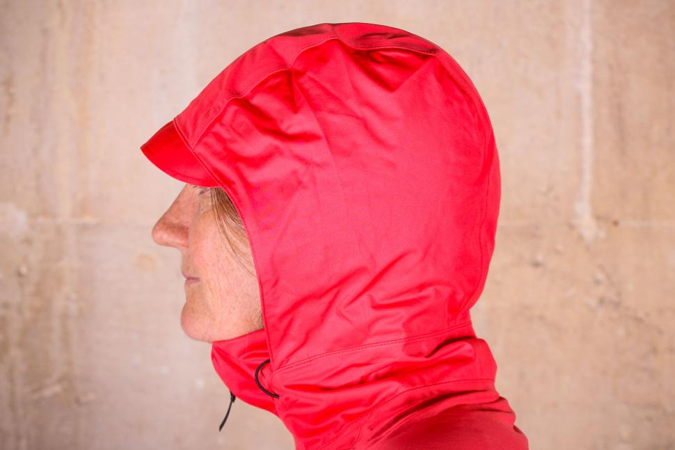Gore R3 Women Gore-Tex Active Hooded Jacket - hood side.jpg