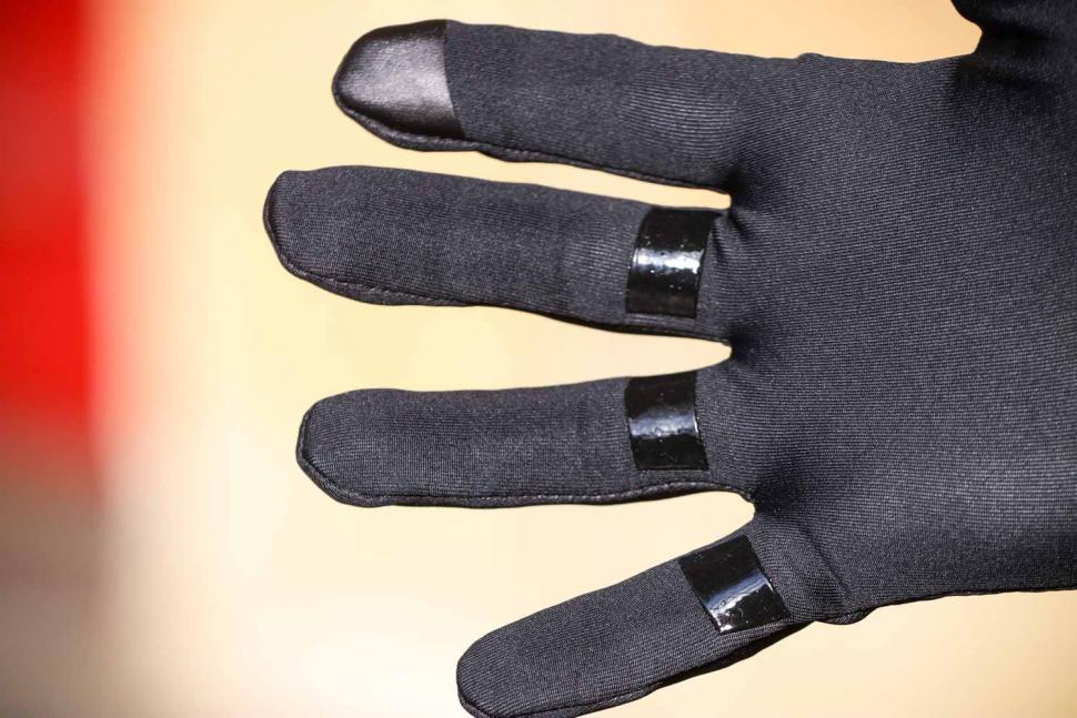 Gore-Tex Infinium Stretch Gloves - fingers.jpg