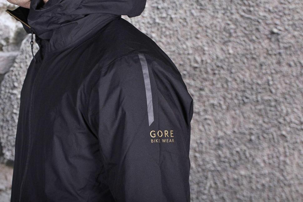 Gore Thermium Jacket - shoulder.jpg