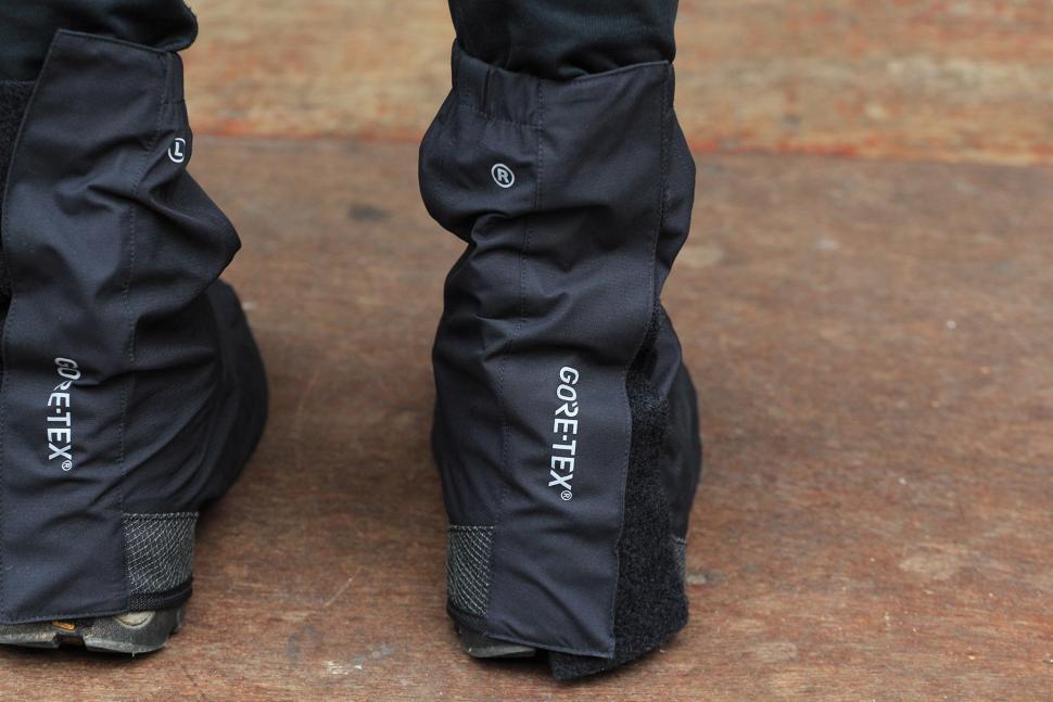 Gore Unisex Universal City Gore-Tex Overshoes - heel .jpg