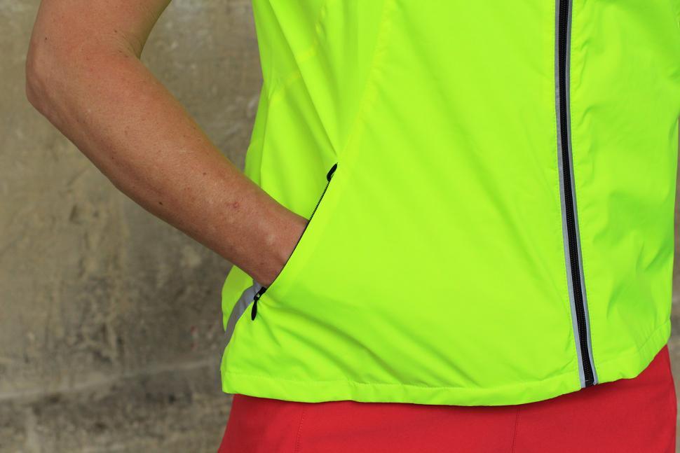Gore Visibility Lady WIndstopper Active Shell Vest - pocket.jpg