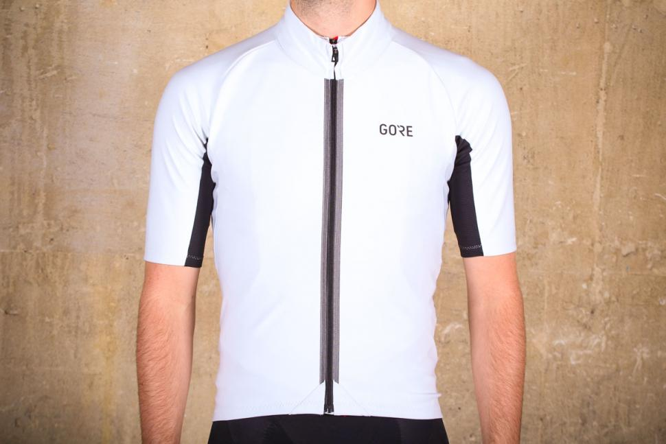 103a40e3c Review  Gore C7 Windstopper Jersey