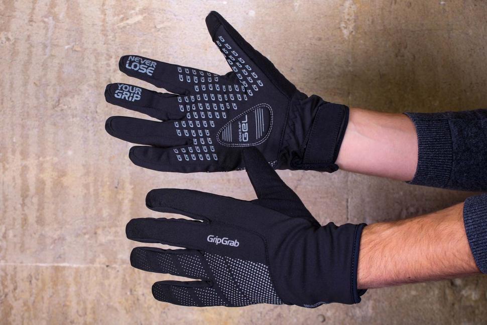 Medium Black Gravel Gear Men/'s Waterproof Winter Gloves
