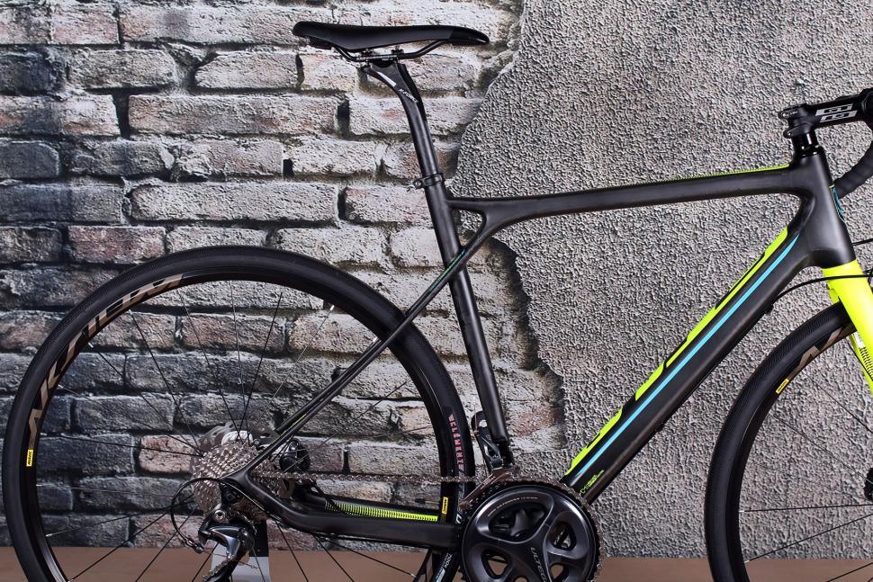 GT Grade Carbon Ultegra - rear.jpg
