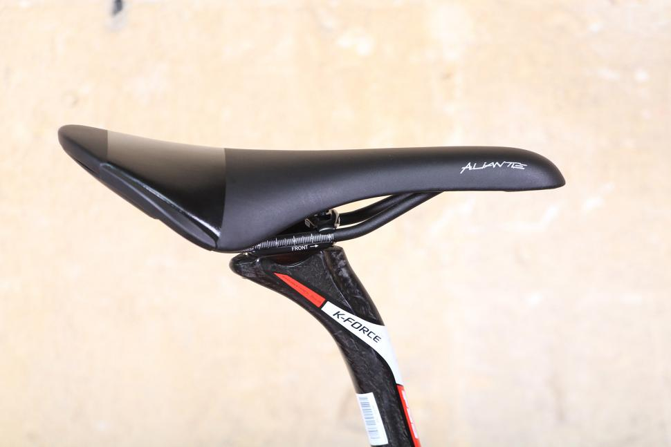GT Grade - saddle.jpg